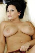 Жанна гарантирует невероятный секс после массажа